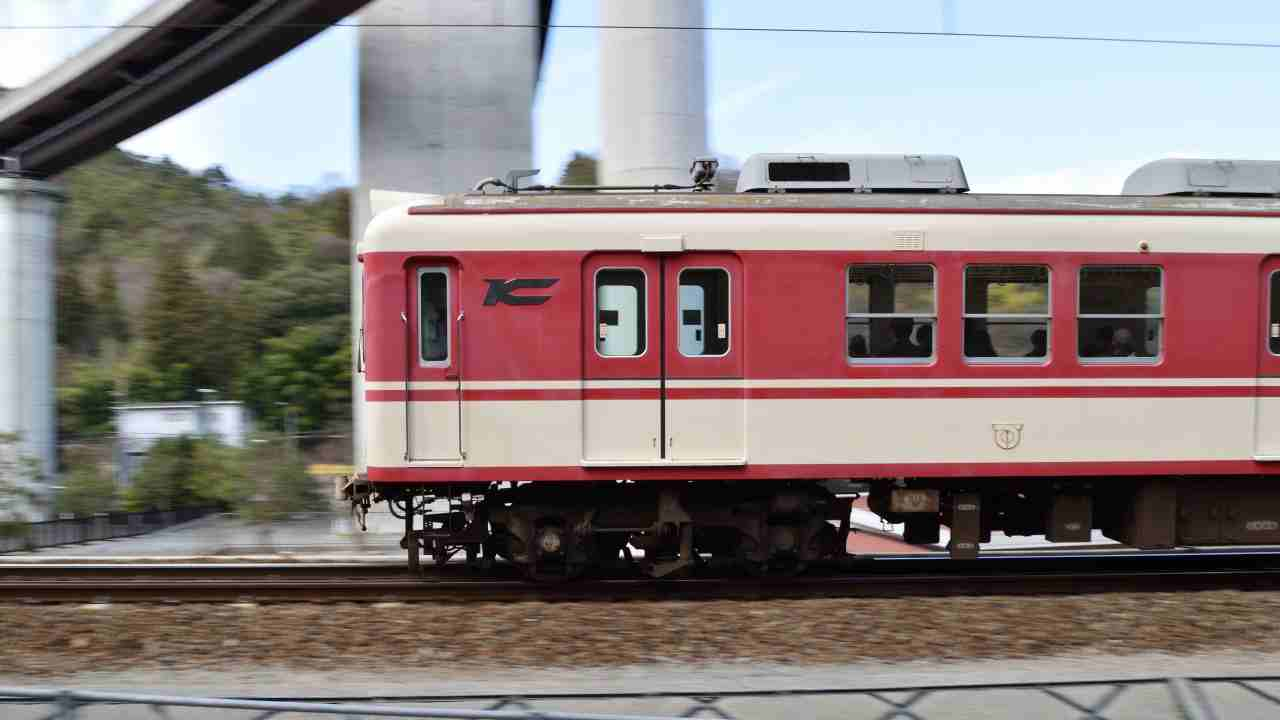 電車の流し撮り