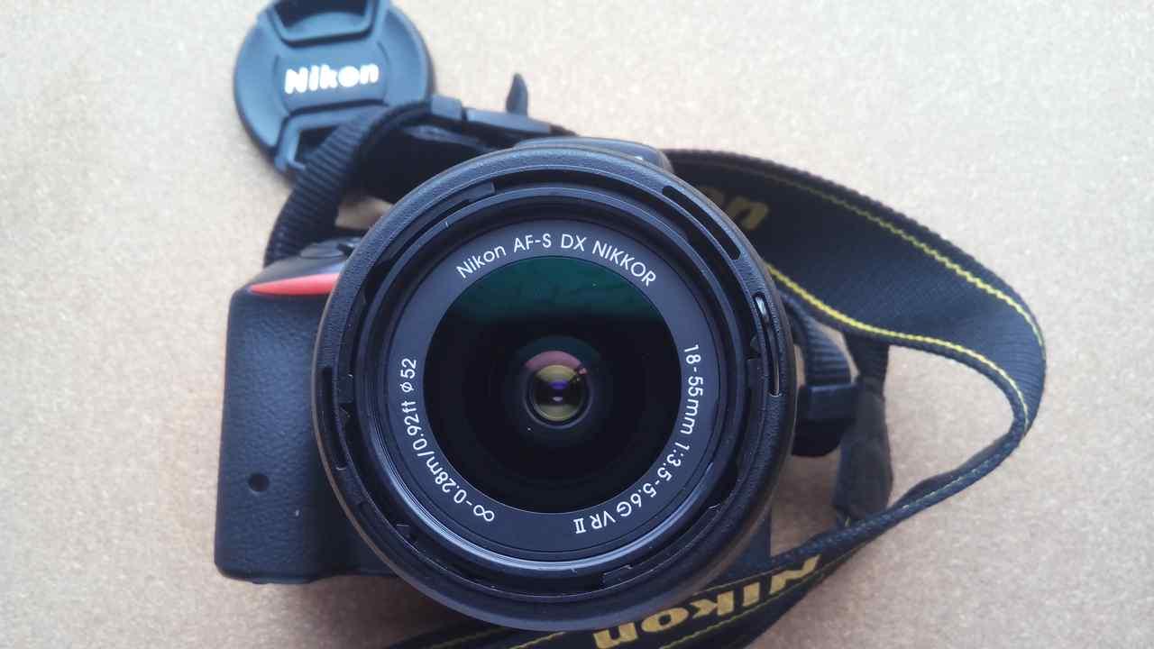 一眼レフカメラ