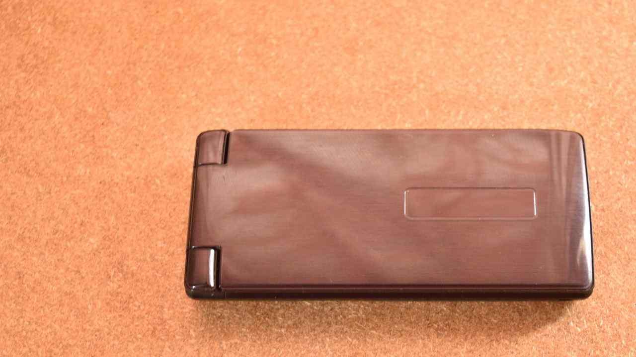 二つ折り携帯